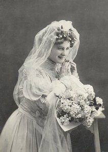 vintage_bride_03_quaddles_by_quaddles-d2aydvh